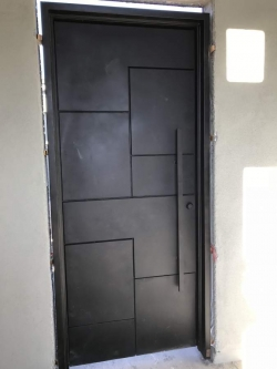 Visionmakers Contemporary Door  124
