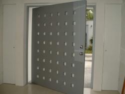 Visionmakers Contemporary Door  70