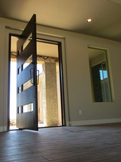 Visionmakers Contemporary Door  56