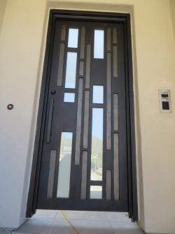 Visionmakers Contemporary Door  35