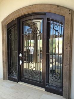 Visionmakers Steel Door with Sidelights 143