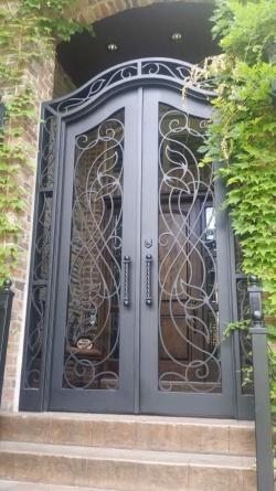 Visionmakers Steel Gate 39