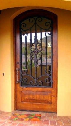 VM Wood Door 82