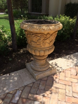 Visionmakers Planter  86