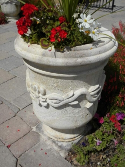 Visionmakers Planter  47